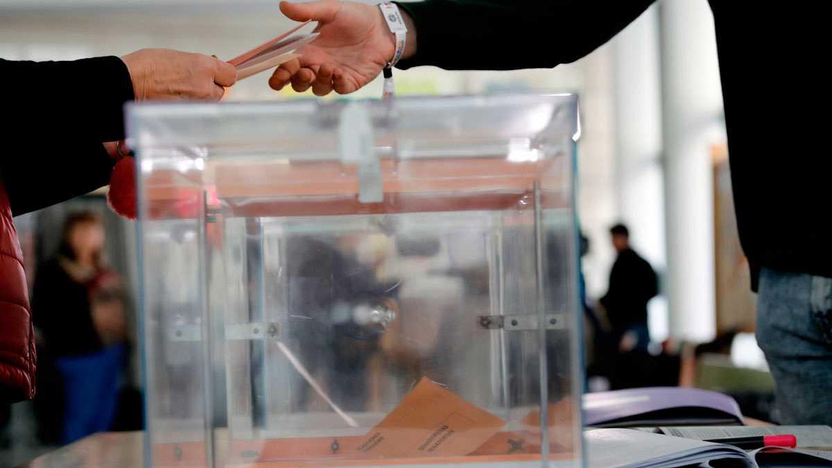 El CIS otorga al PSOE hasta 150 escaños y podría sumar mayoría absoluta con Unidas Podemos o con Cs