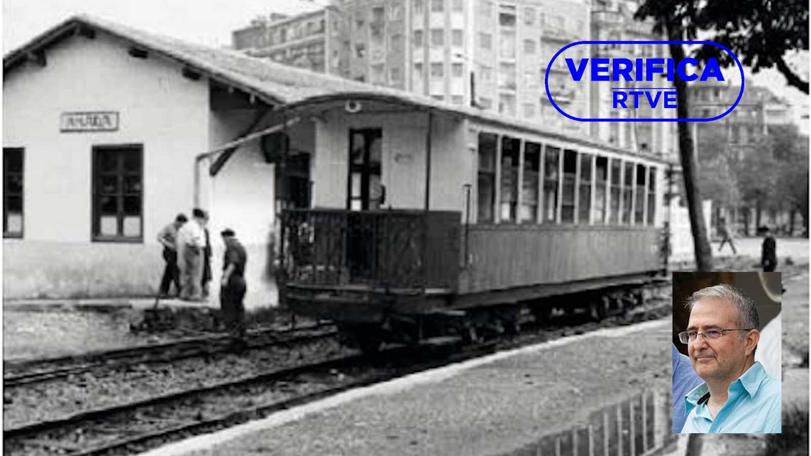 La estación de tren de Amara (San Sebastián) con una imagen superpuesta del documentalista de RTVE Manuel Aguilar en la parte inferior derecha, con el sello azul de VerificaRTVE
