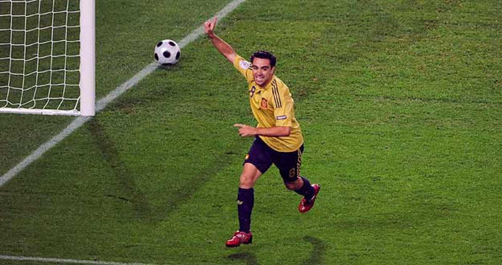 La UEFA nombra a Xavi Hernández mejor jugador de la Eurocopa - RTVE.es