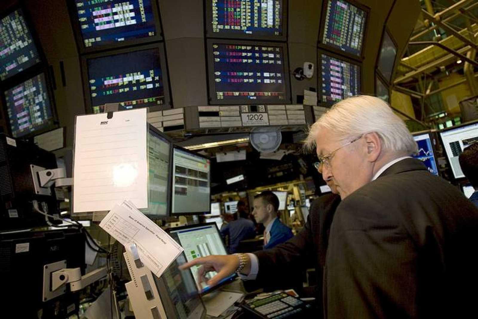 El Ministro de Exteriores alemán Frank-Walter Steinmeier visita Wall Street.