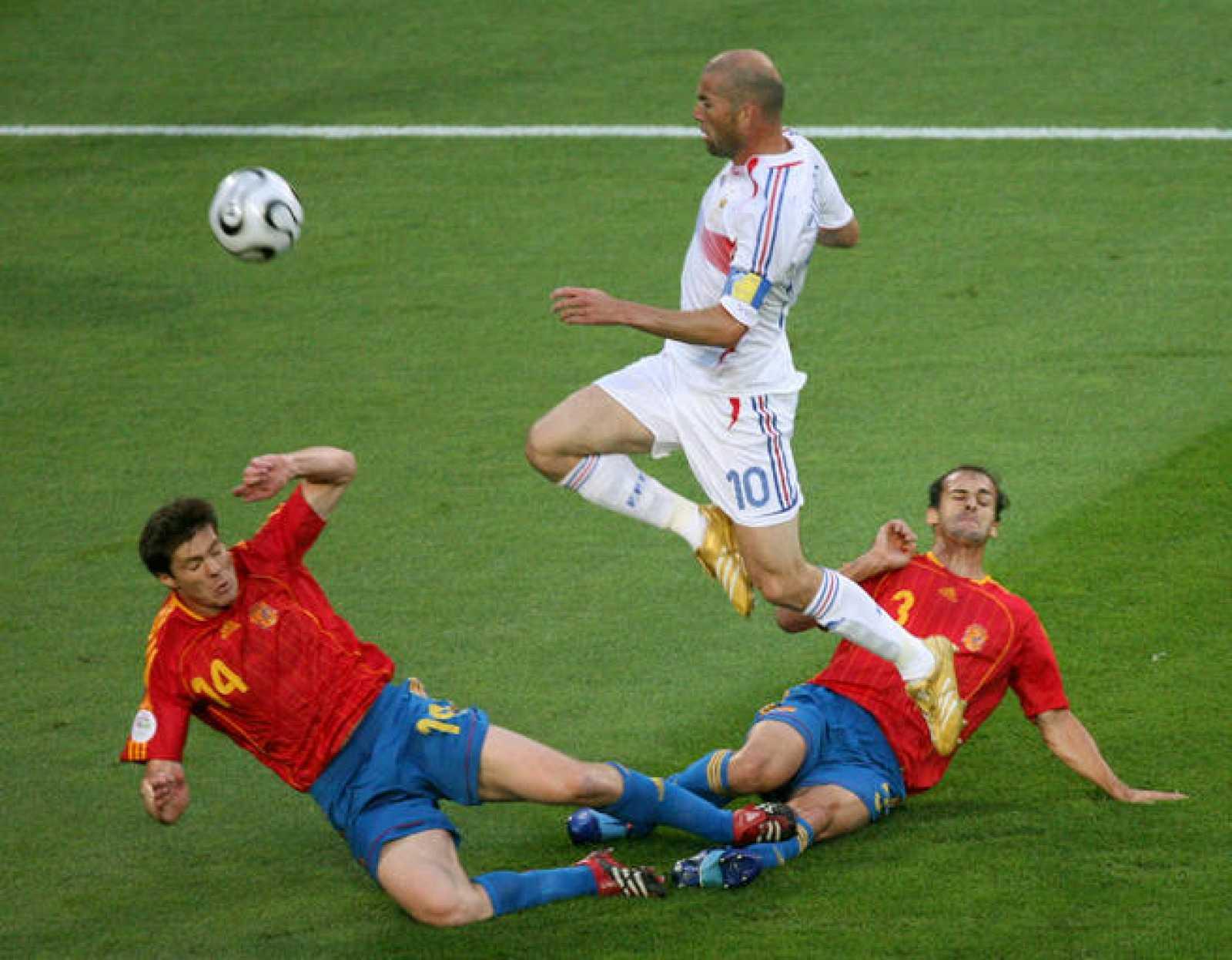 La Francia de Zidane y Ribery dejo fuera del Mundial 2006 a los de Luis Aragonés en octavos