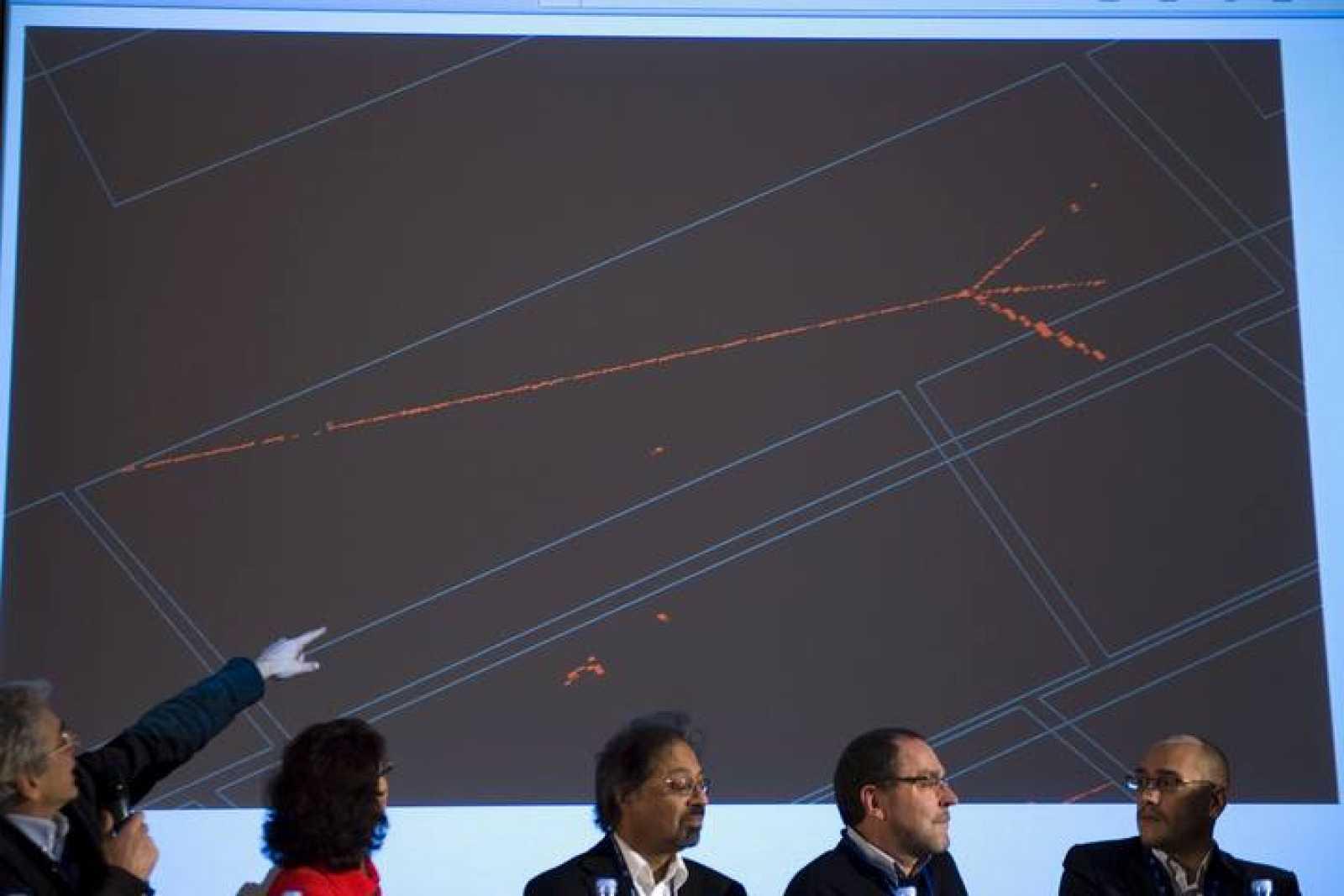 CERN EVALÚA COMO UN ÉXITO QUE CIRCULEN HACES EN DIRECCIÓN OPUESTA POR EL HLC
