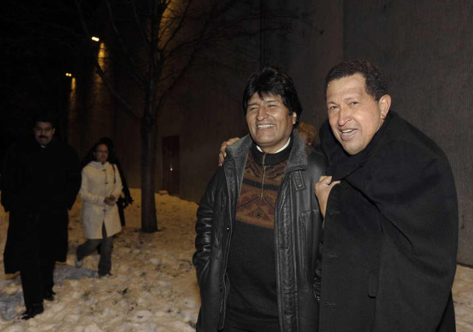 El presidente venezolano, Hugo Chávez, y su homólogo boliviano, Evo Morales, también sufren el frío y la nieve de Copenhague.