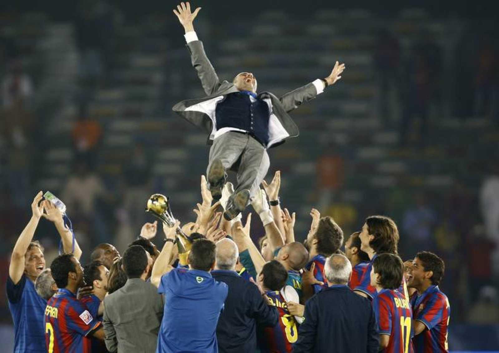 Pep Guardiola ha sido el artífice de un equipo que ha hecho historia con seis títulos en un año.
