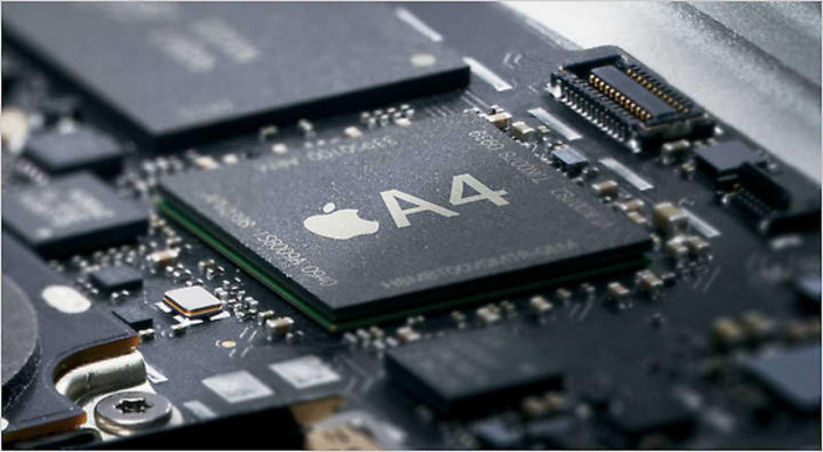 El iPad  lleva en su interior un nuevo procesador firmado por la propia Apple, denominado A4