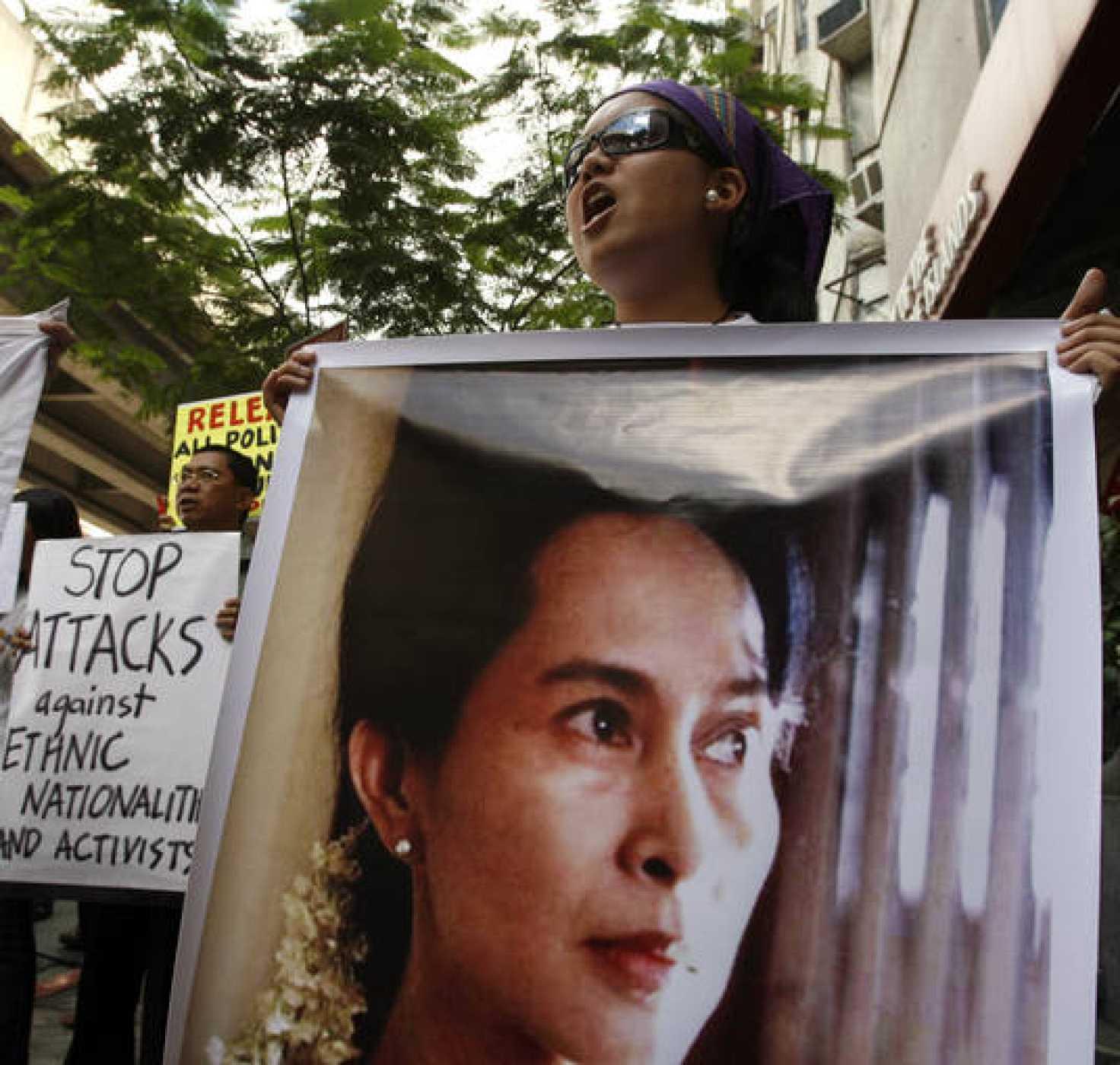 La opositora cuenta con numerosos apoyos dentro y fuera de Birmania