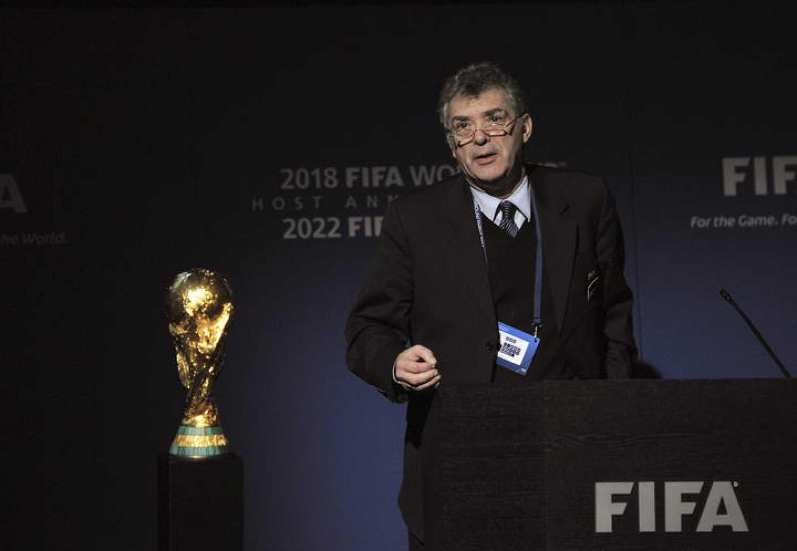 El presidente de la RFEF, Ángel María Villar, mientras defendía la candidatura ibérica ante la FIFA en Zúrich el jueves 2 de diciembre.