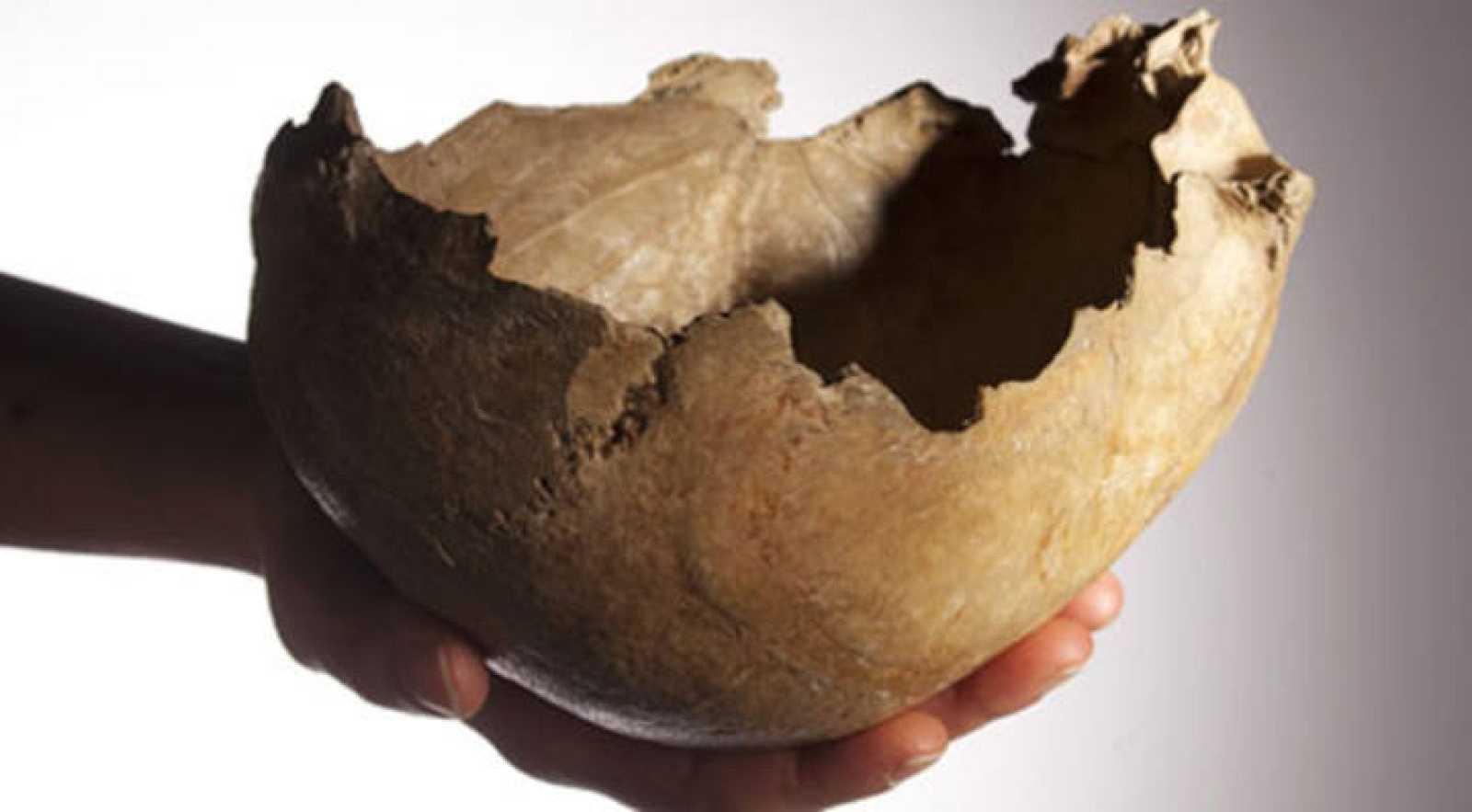 Uno de los cráneos humanos empleados como cuencos