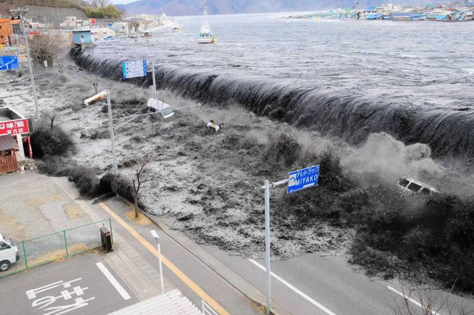 EL PORQUÉ DE LA CIENCIA   ¿Cuánto tiempo tenemos para huir de un tsunami? - RTVE.es