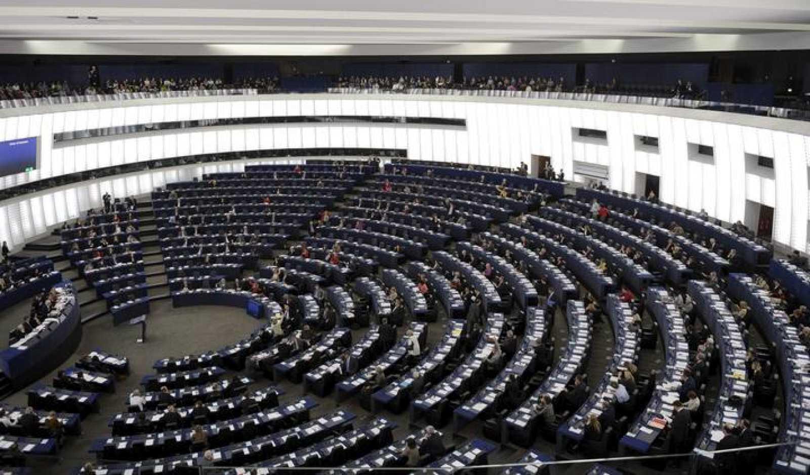 Vista general del hemiciclo del Parlamento Europeo durante una sesión plenaria en Estrasburgo, en Francia