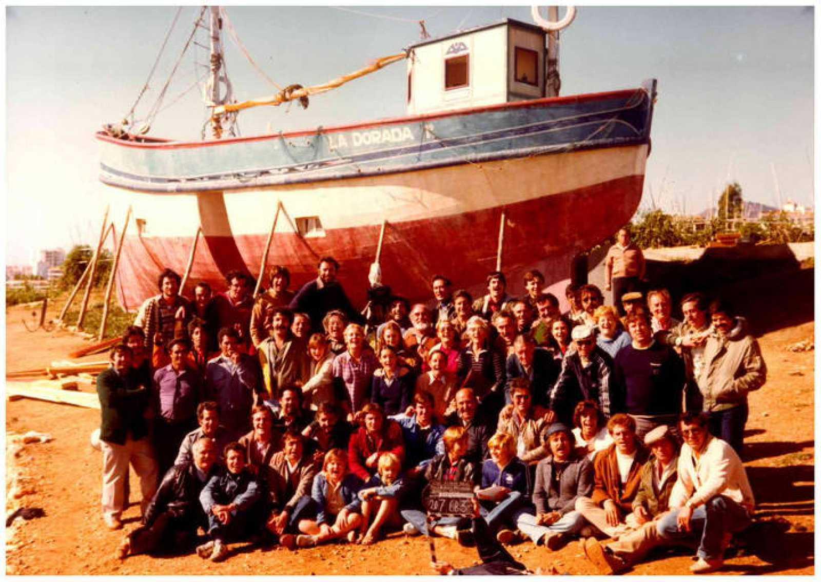 Foto del equipo antes de desmontar el barco 'La Dorada'