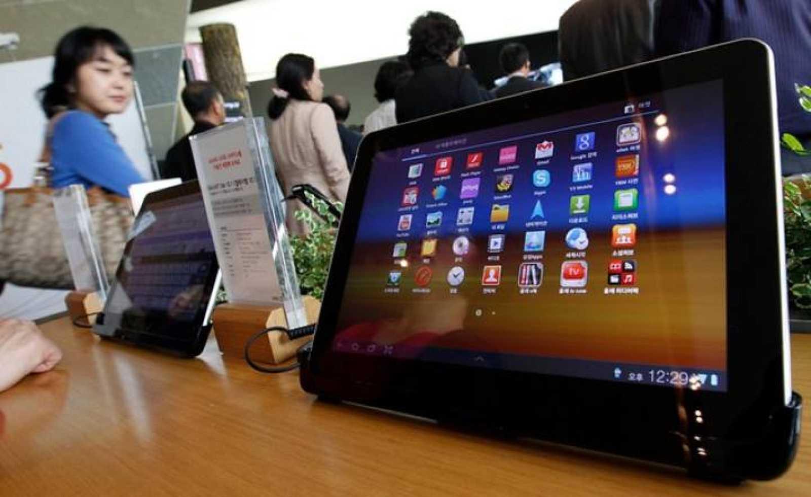 Es la segunda ocasión que Apple logra frenar la distribución del último tablet de Samsung