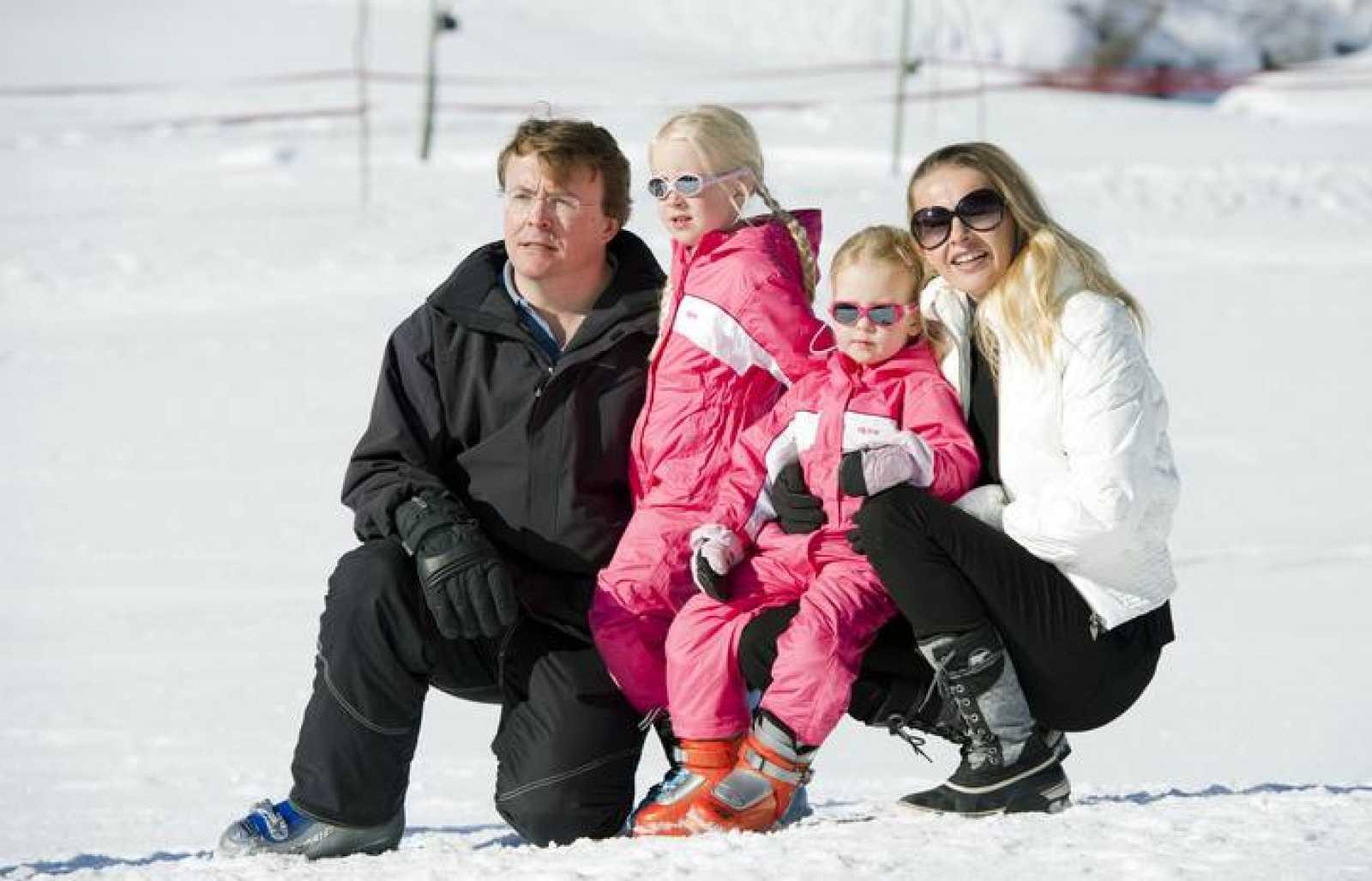 El príncipe Johan Friso junto con su familia pasando las vacaciones en Austria, en una imagen de archivo.