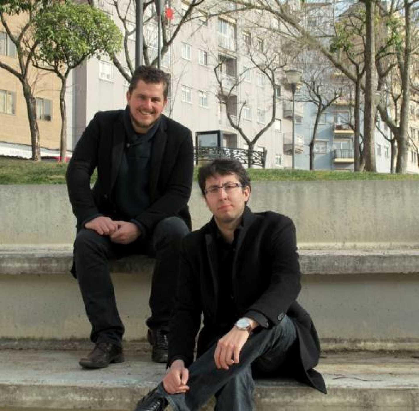 Ganadores IV Premio Poesía Joven RNE, Ben Clark y Andrés Catalán