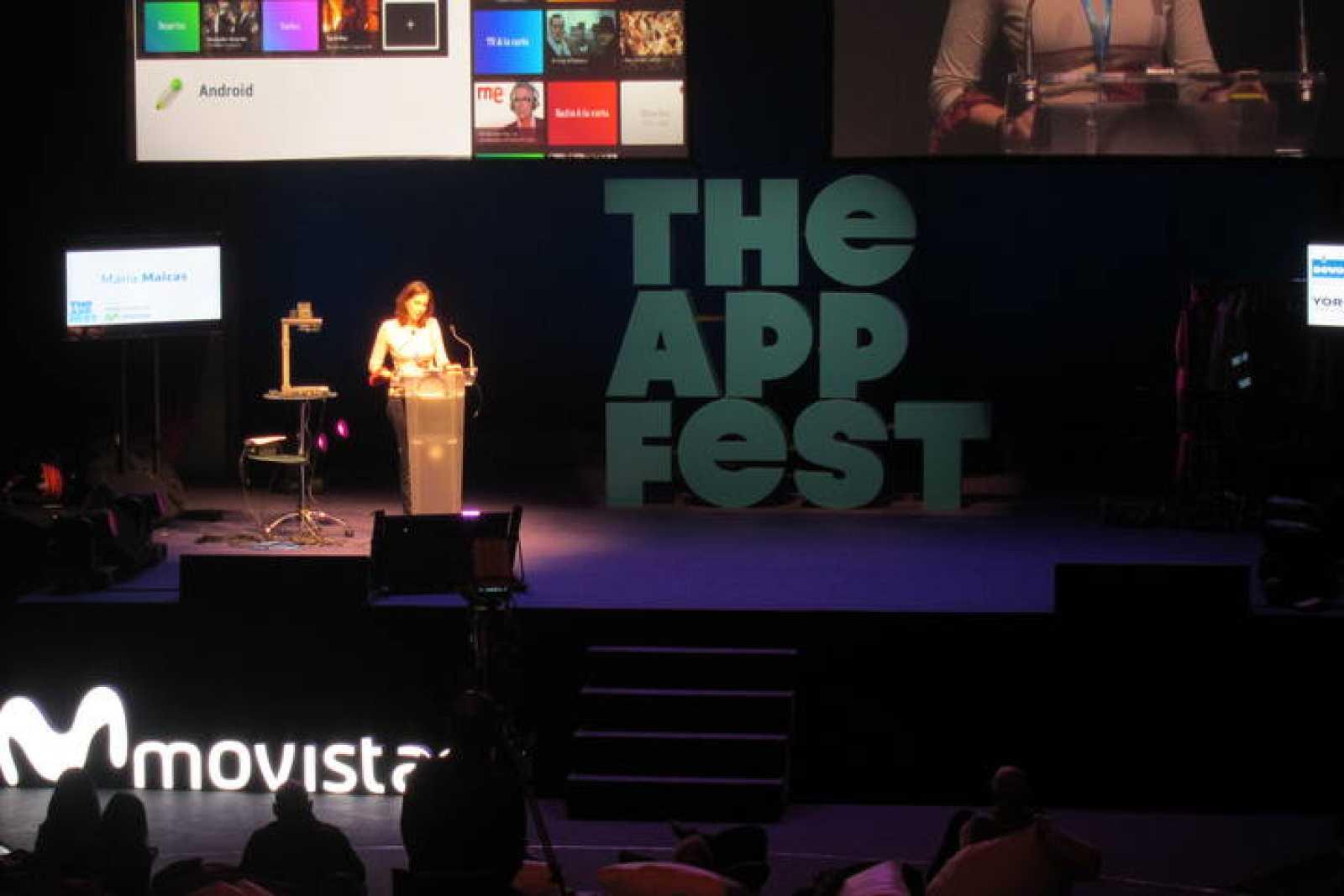 María Maicas, de RTVE.es, durante su charla sobre la televisión conectada en The App Fest