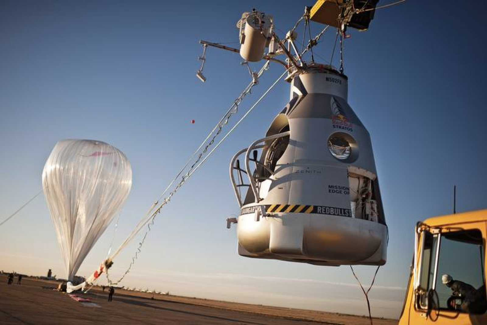 Balloon and capsule - Manned Flight One