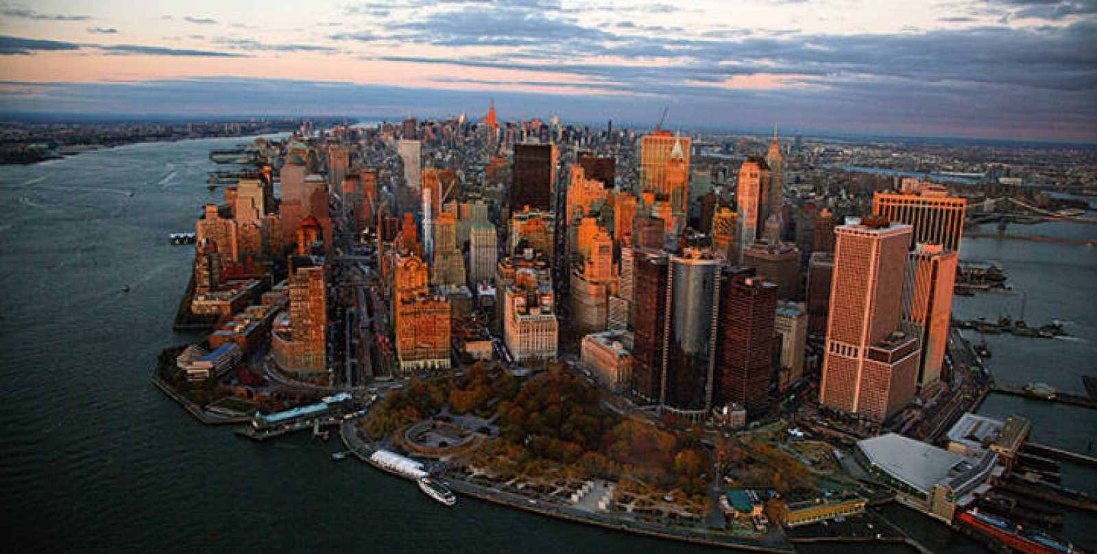 Vista aérea de Manhattan del libro 'Nueva York. Arquitectura desde el cielo', deYann Arthus-Bertrand y John Tauranac