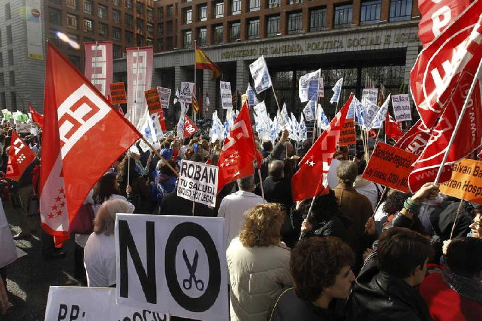LOS SINDICATOS LLEVAN AL MINISTERIO SU PROTESTA CONTRA EL PLAN SANITARIO