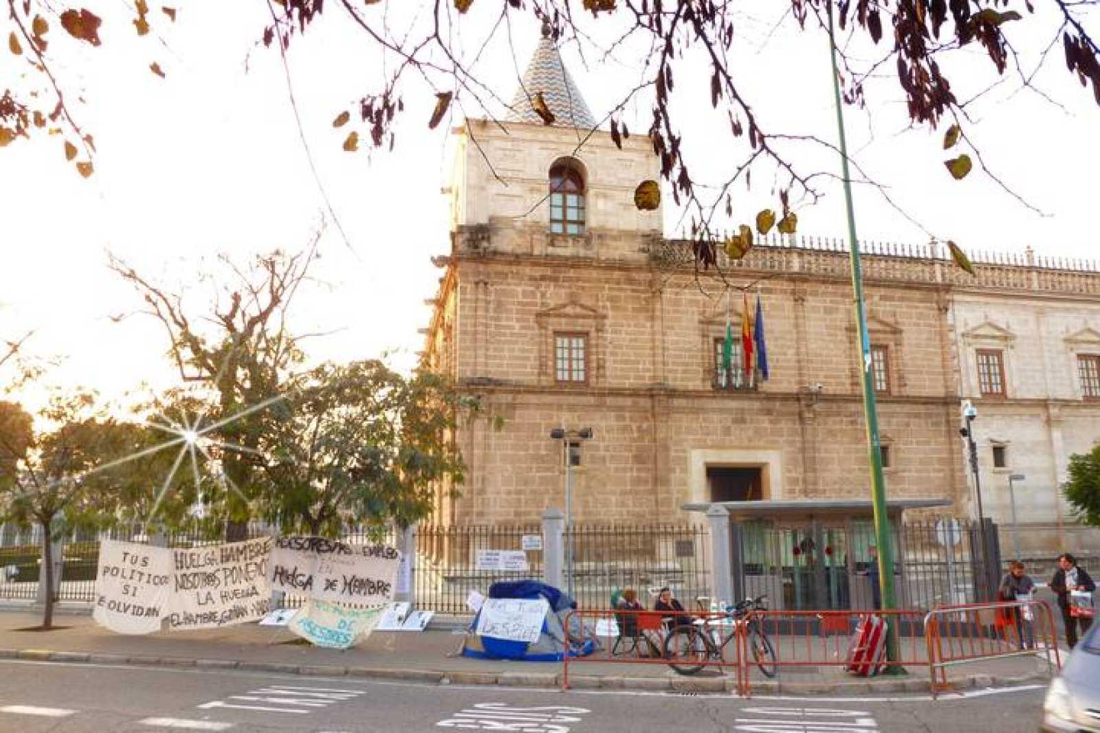 Huelga de hambre ante el Parlamento andaluz