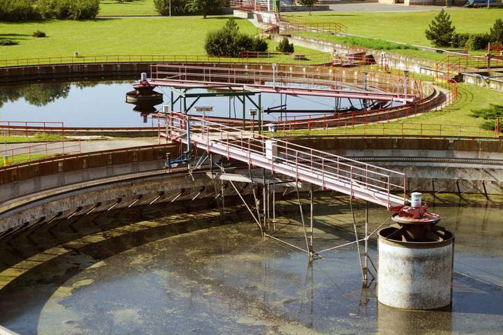 Depuradora de aguas residuales.