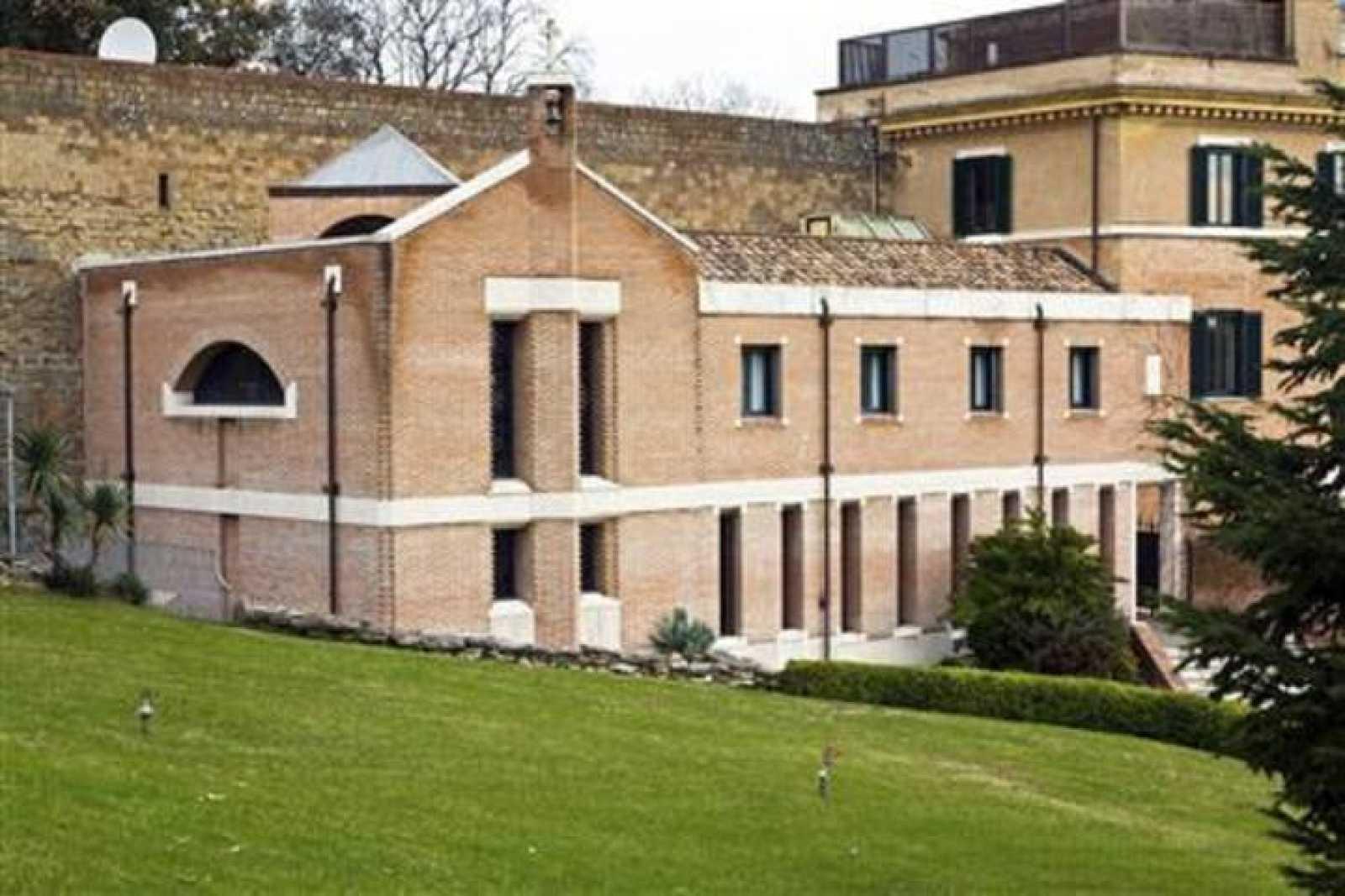 Imagen del monasterio Mater Ecclesiae, en el Vaticano, tomada en enero de 2011