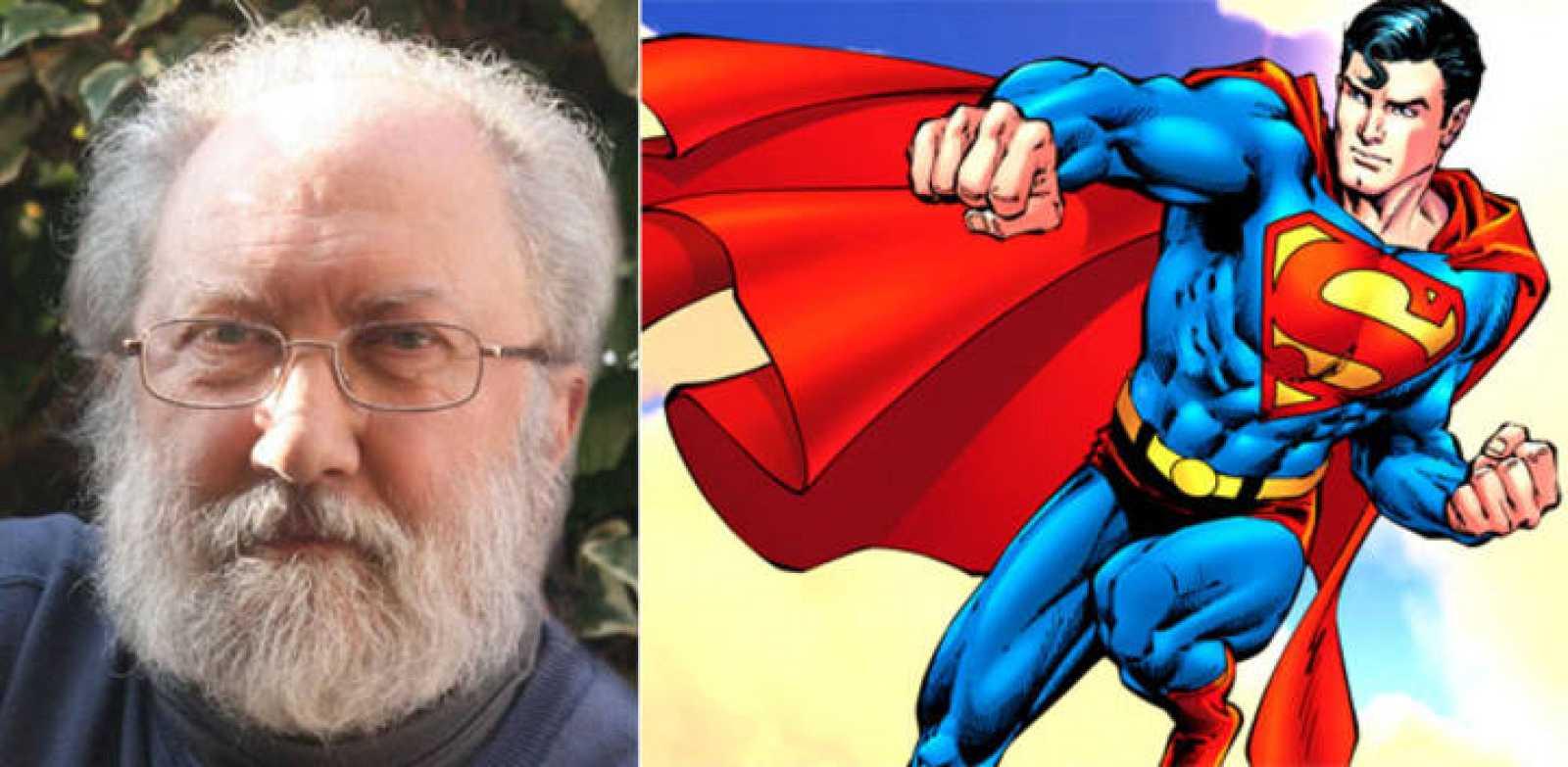 Mariano Bayona y una viñeta de Superman (DC Comics)