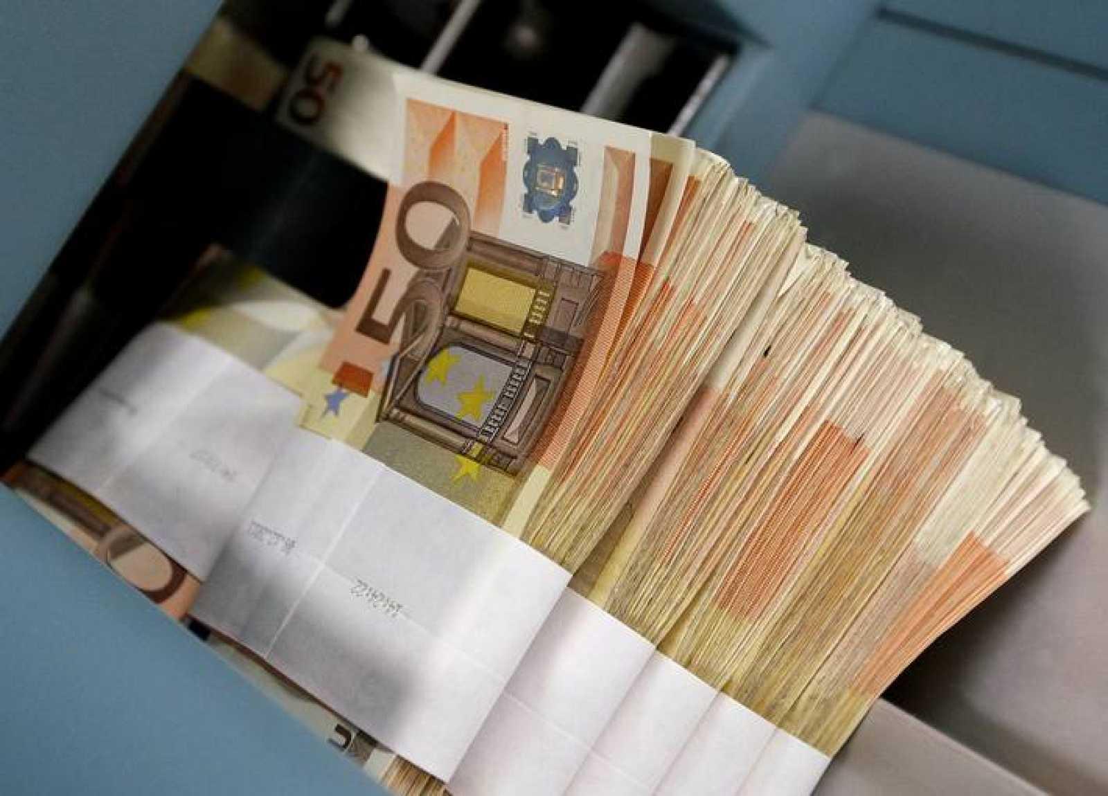Los créditos morosos se situaron en 176.420 millones de euros