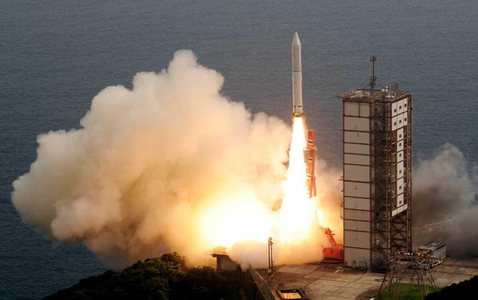 Japón lanza al espacio el primer telescopio de observación planetaria