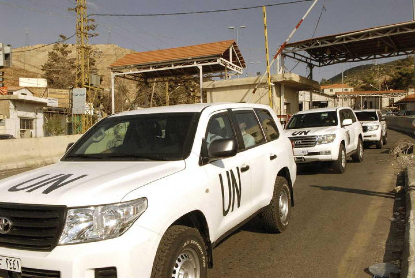 EXPERTOS ONU EN ARMAS QUÍMICAS LLEGAN A BEIRUT PARA VIAJAR POR TIERRA A SIRIA