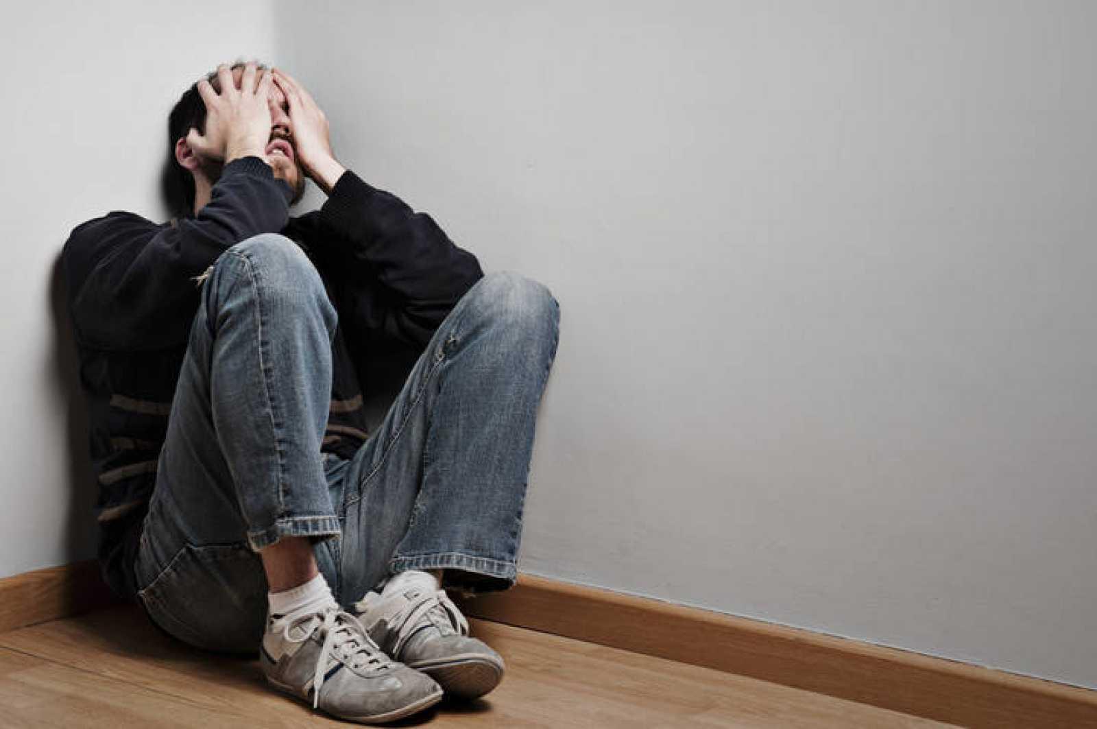 Las asociaciones denuncian recortes en salud mental a pesar del aumento de  pacientes por la crisis - RTVE.es