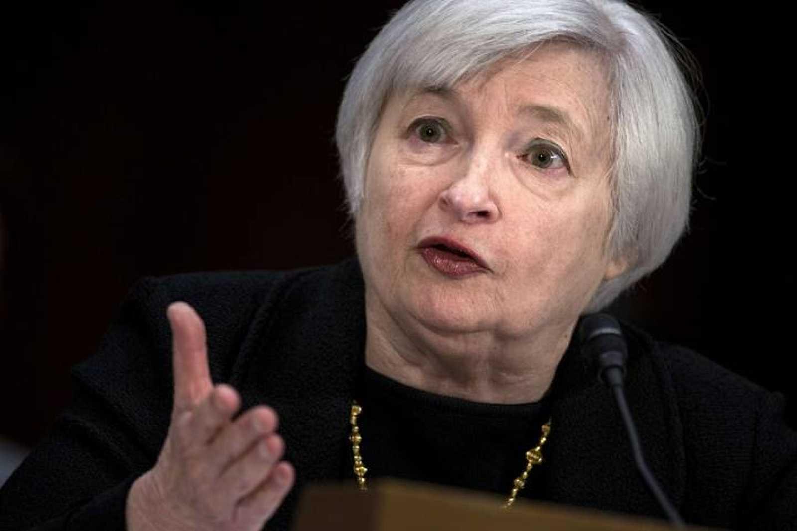 Janet Yellen, nominada para presidir la Reserva Federal de Estados Unidos, en su audiencia de confirmación en el Comité Bancario del Senado