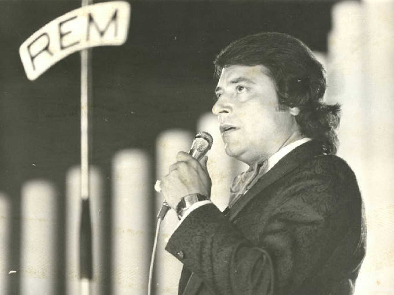 Tito Mora, en una actuación.