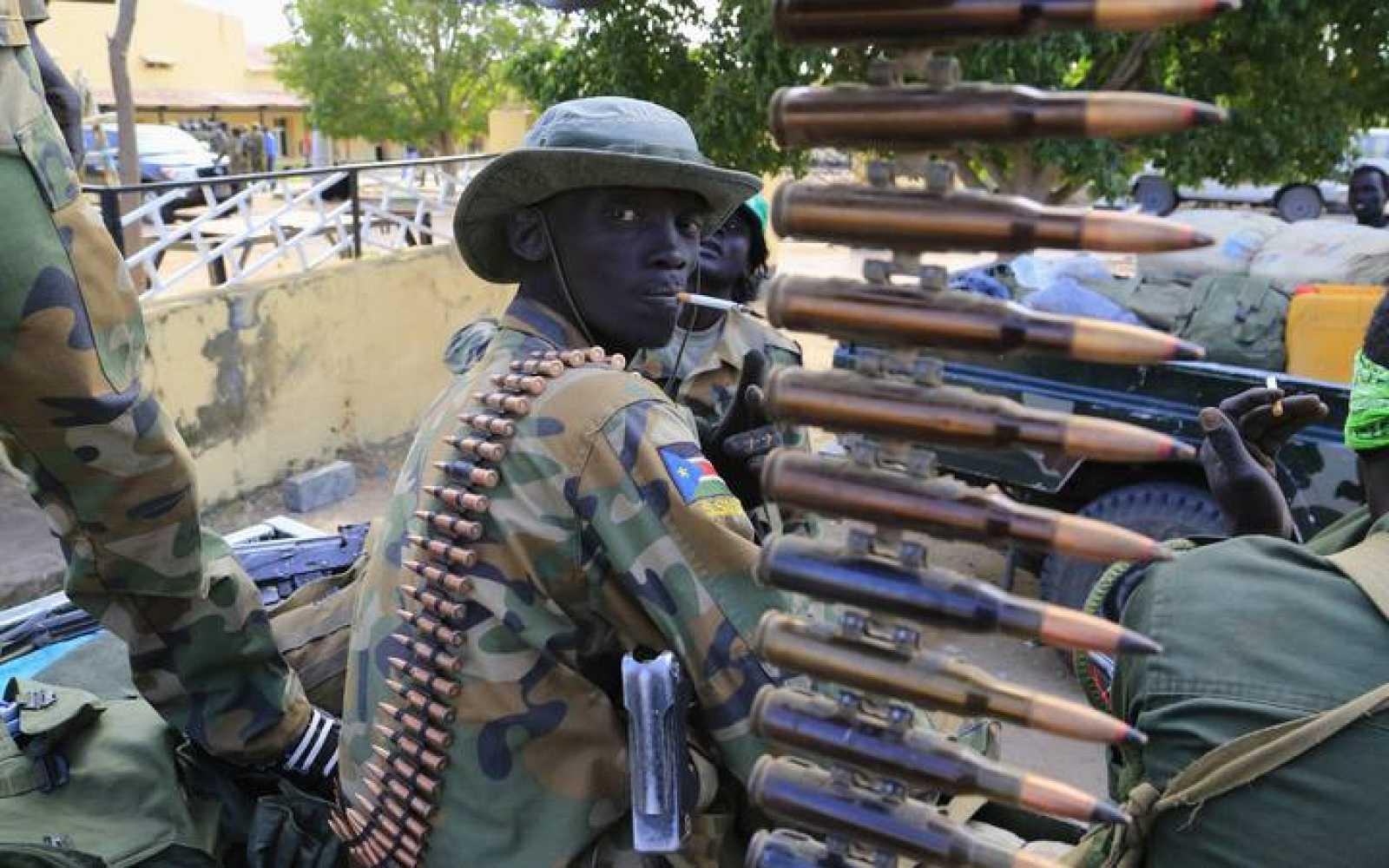 Un soldado del Ejército de Sudán del Sur