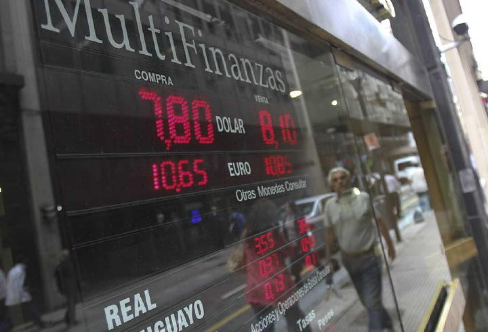 Una casa de cambio de divisas en Buenos Aires