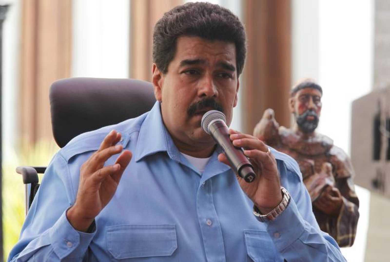 Nicolás Maduro durante su discurso en una marcha oficialista este domingo.