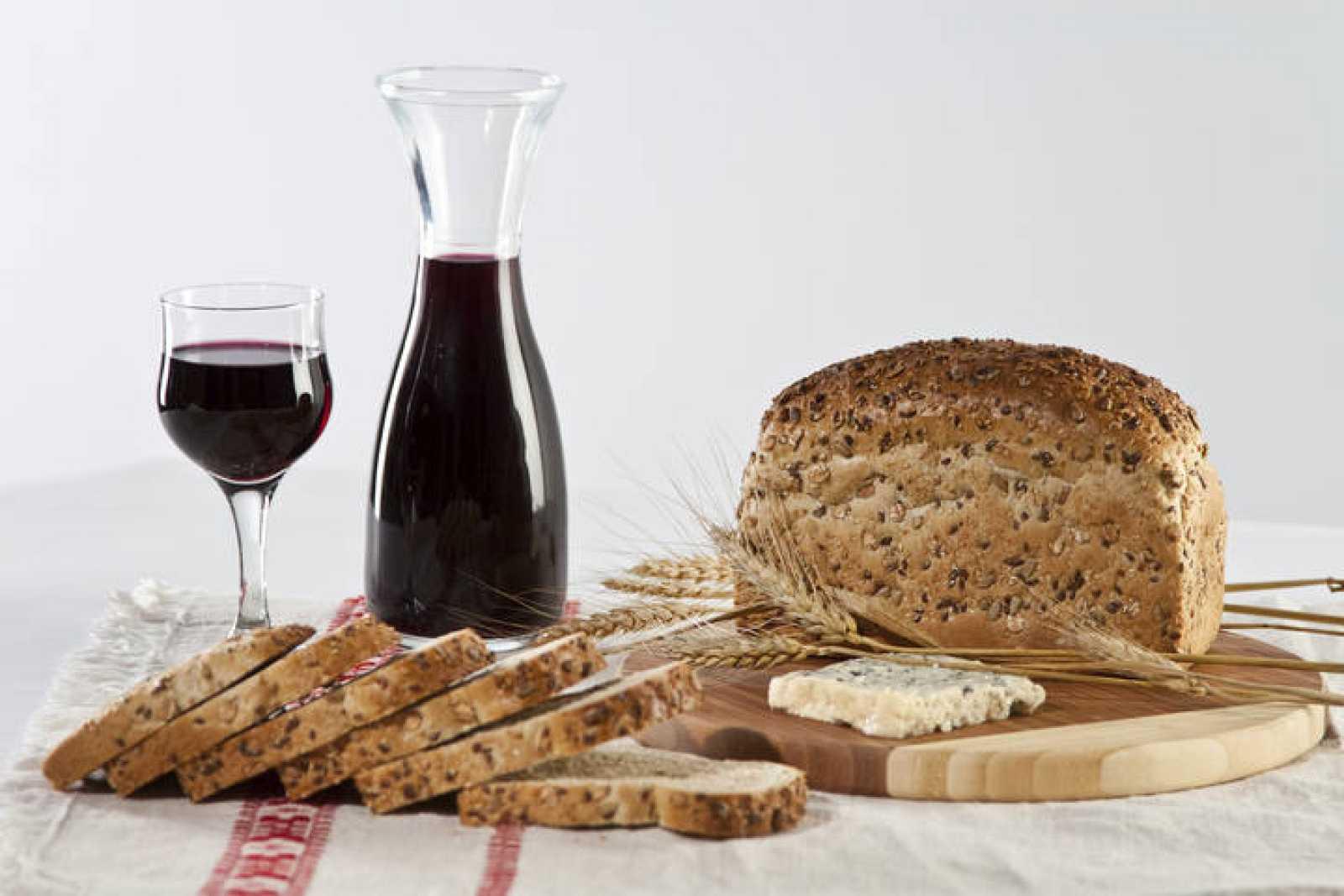 El vino tinto y las semillas contienen polifenoles, que se creen beneficiosos para prevenir riesgos para la salud.
