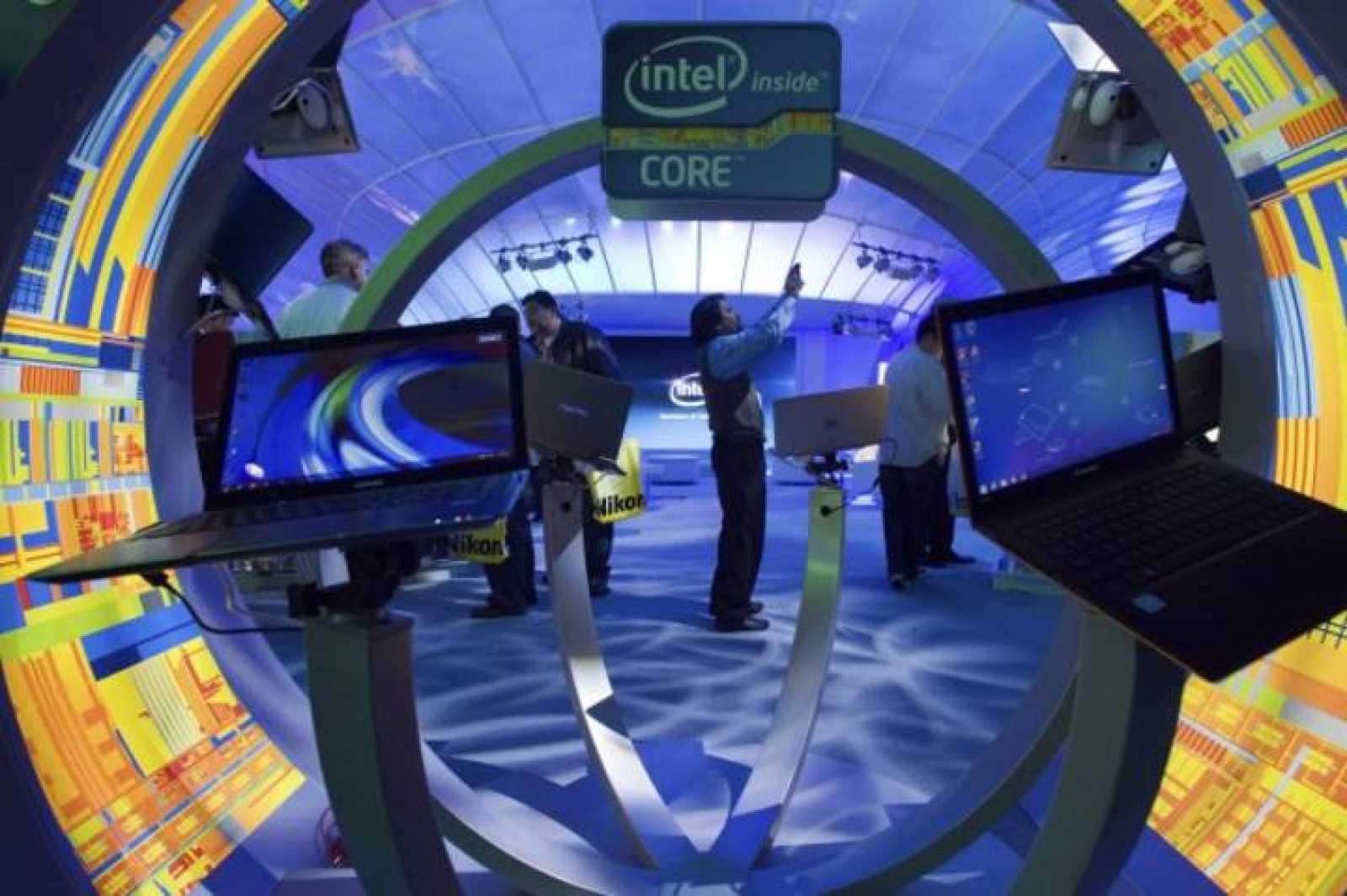 Puesto de Intel en la Feria Internacional de Electrónica de Las Vegas en 2012