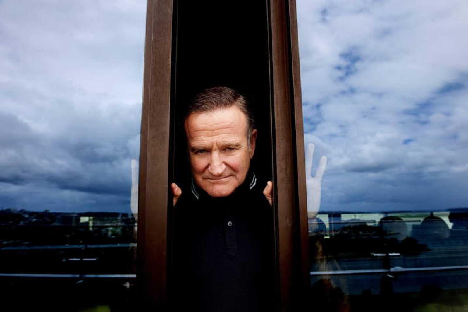 Robin Williams posando en Sidney (Australia).
