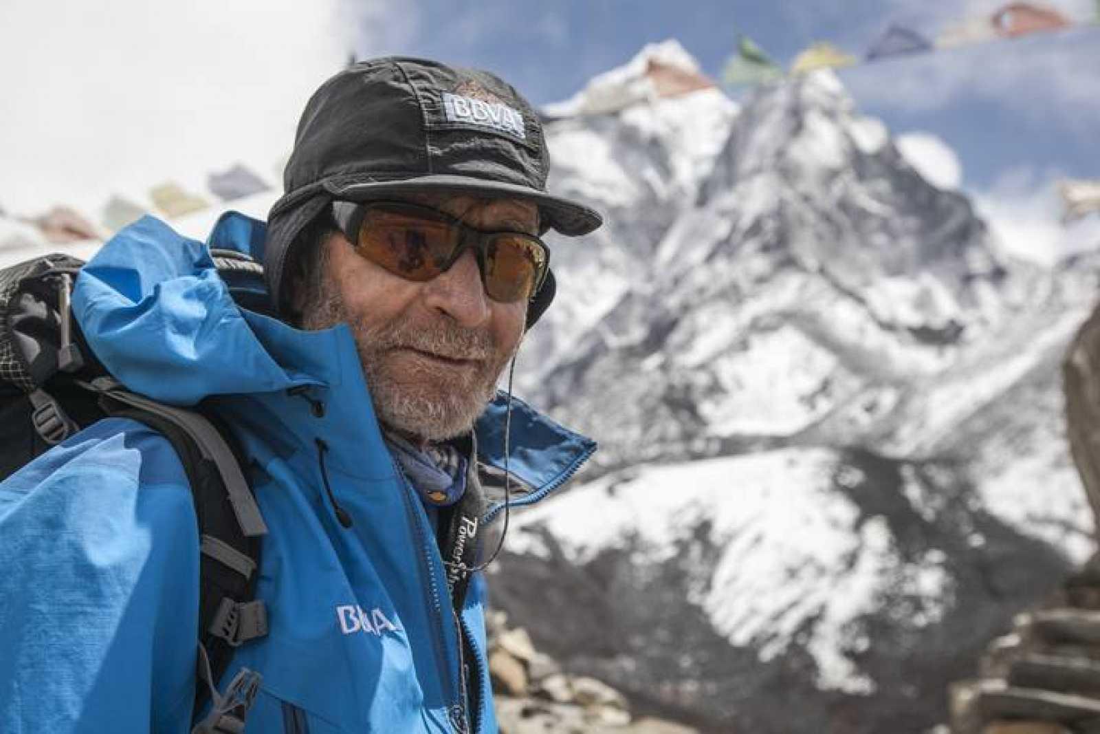 El alpinista Carlos Soria buscará su 12º ochomil.