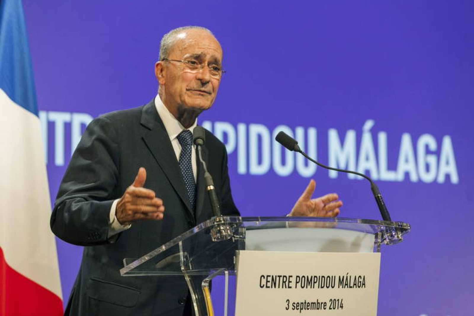 El alcalde de Málaga, Francisco de la Torre, durante la presentación en París del Centro Pompidou de Málaga