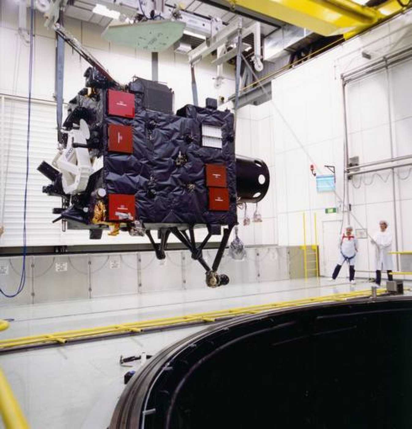La sonda Rosetta, hace 10 años, en las instalaciones de la ESA.