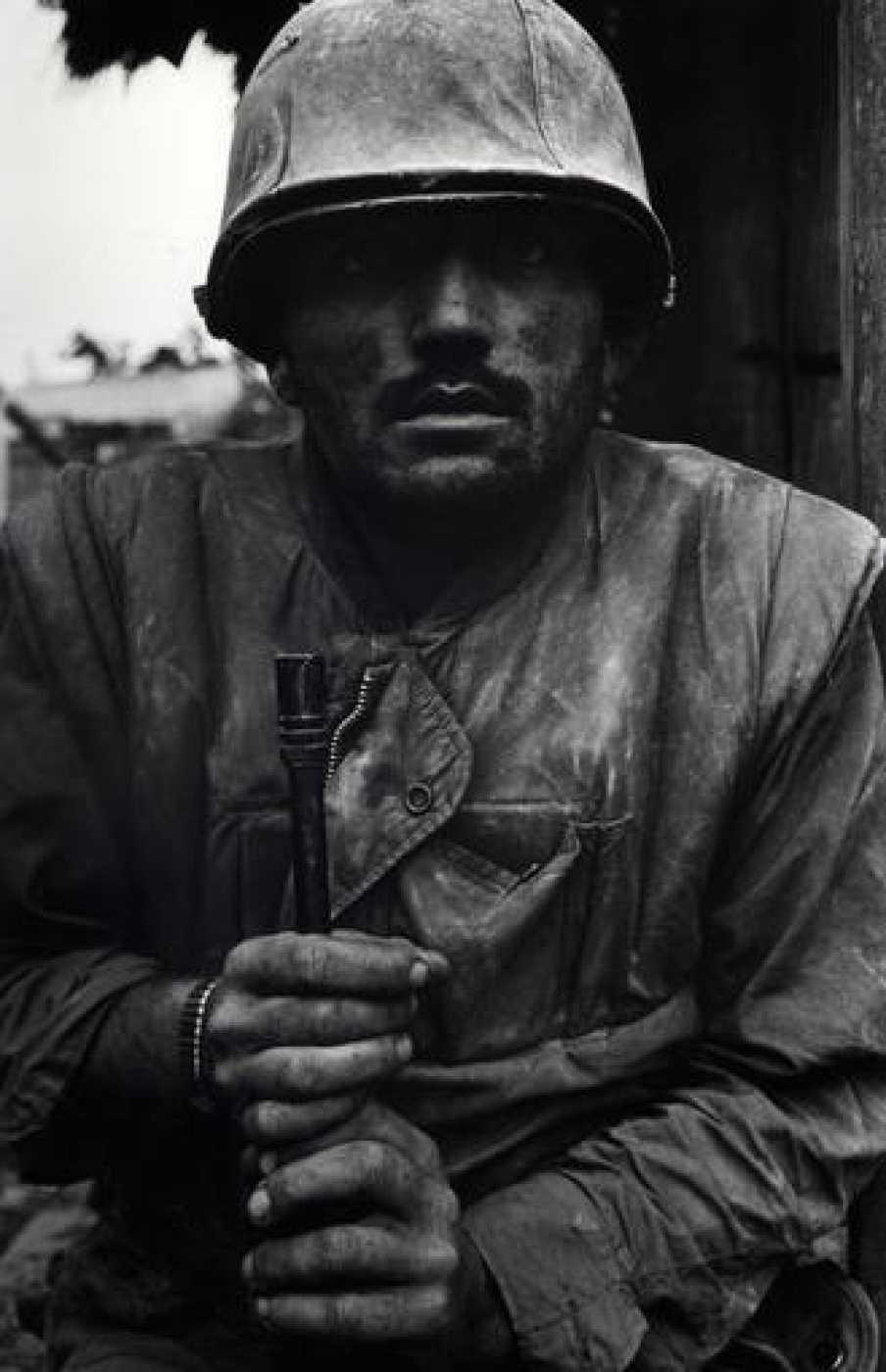 Don McCullin, Marine norteamericano en estado de shock, batalla de Hue (1968)
