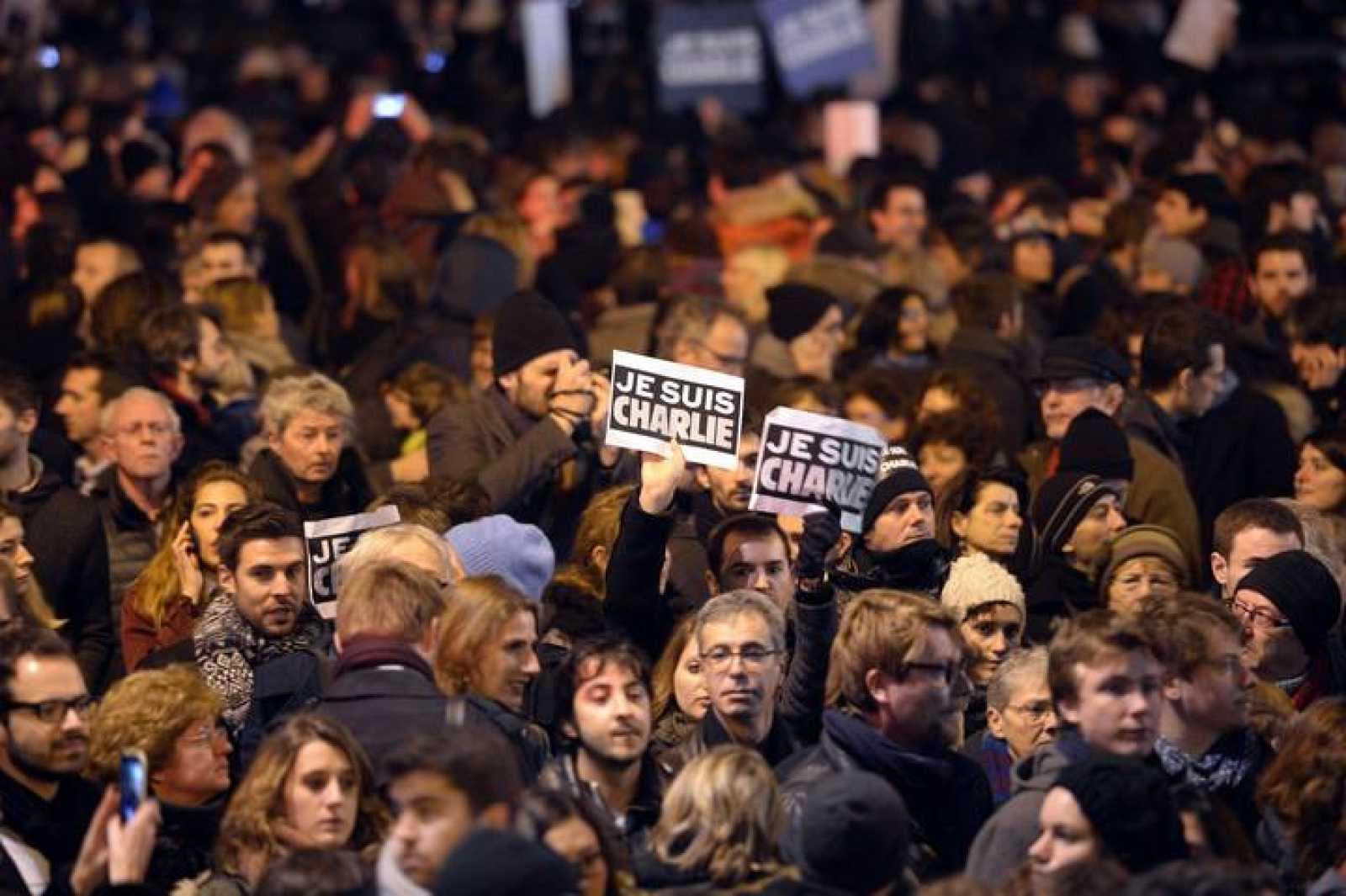 Manifestación en la Plaza de la República de París contra la masacre en 'Charlie Hebdo'.