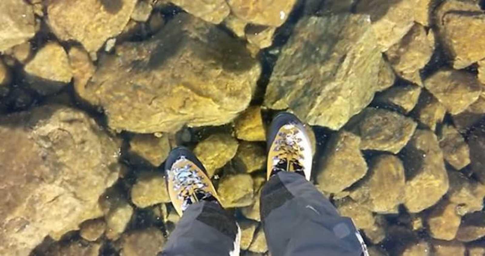 Pantallazo del vídeo grabado en el Velke Hincovo Pleso, un lago de origen glacial de unos escasos 54 metros de profundidad en Eslovaquia.