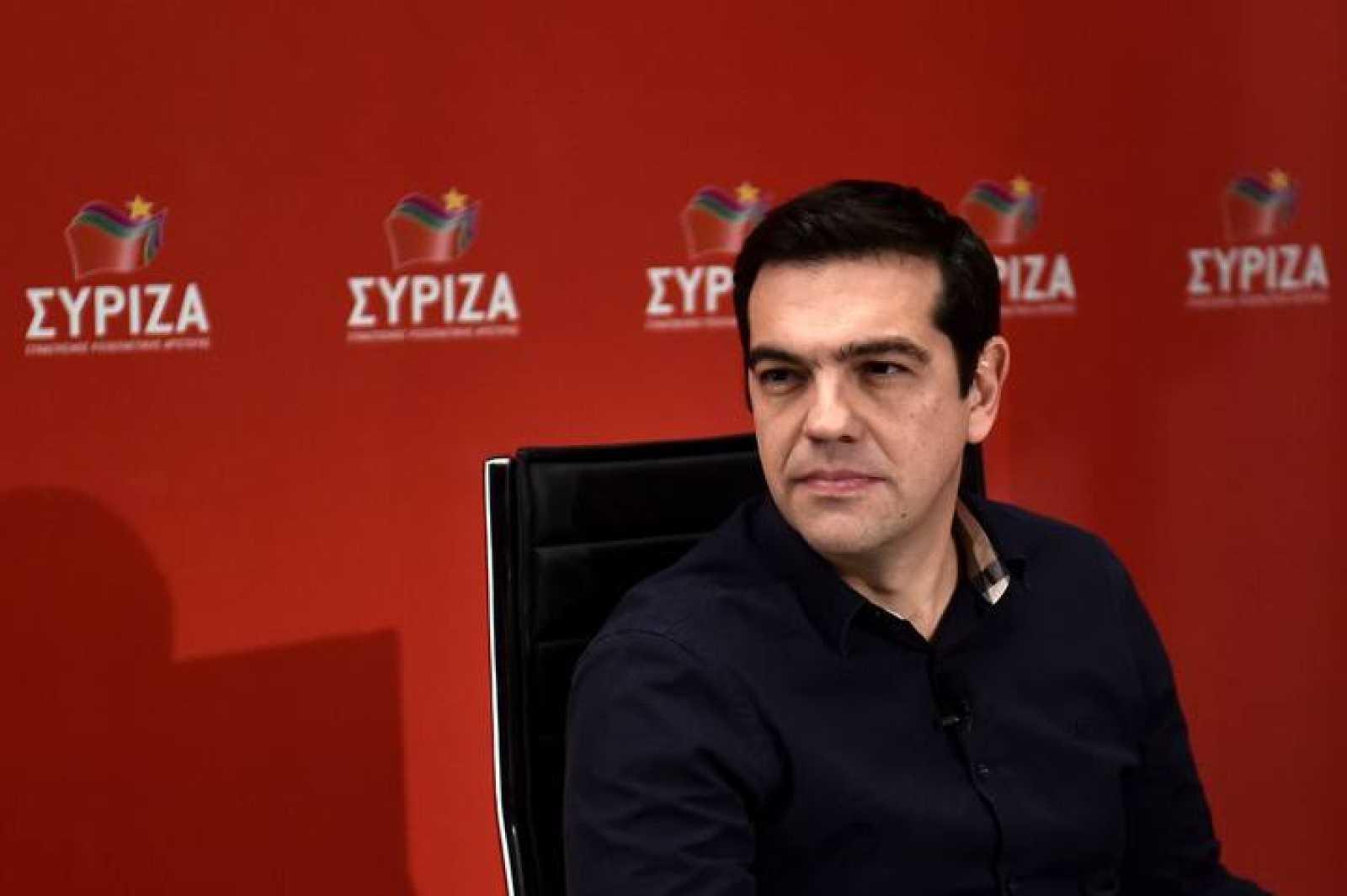 El candidato de Syriza a las elecciones griegas, Alexis Tsipras, durante una entrevista