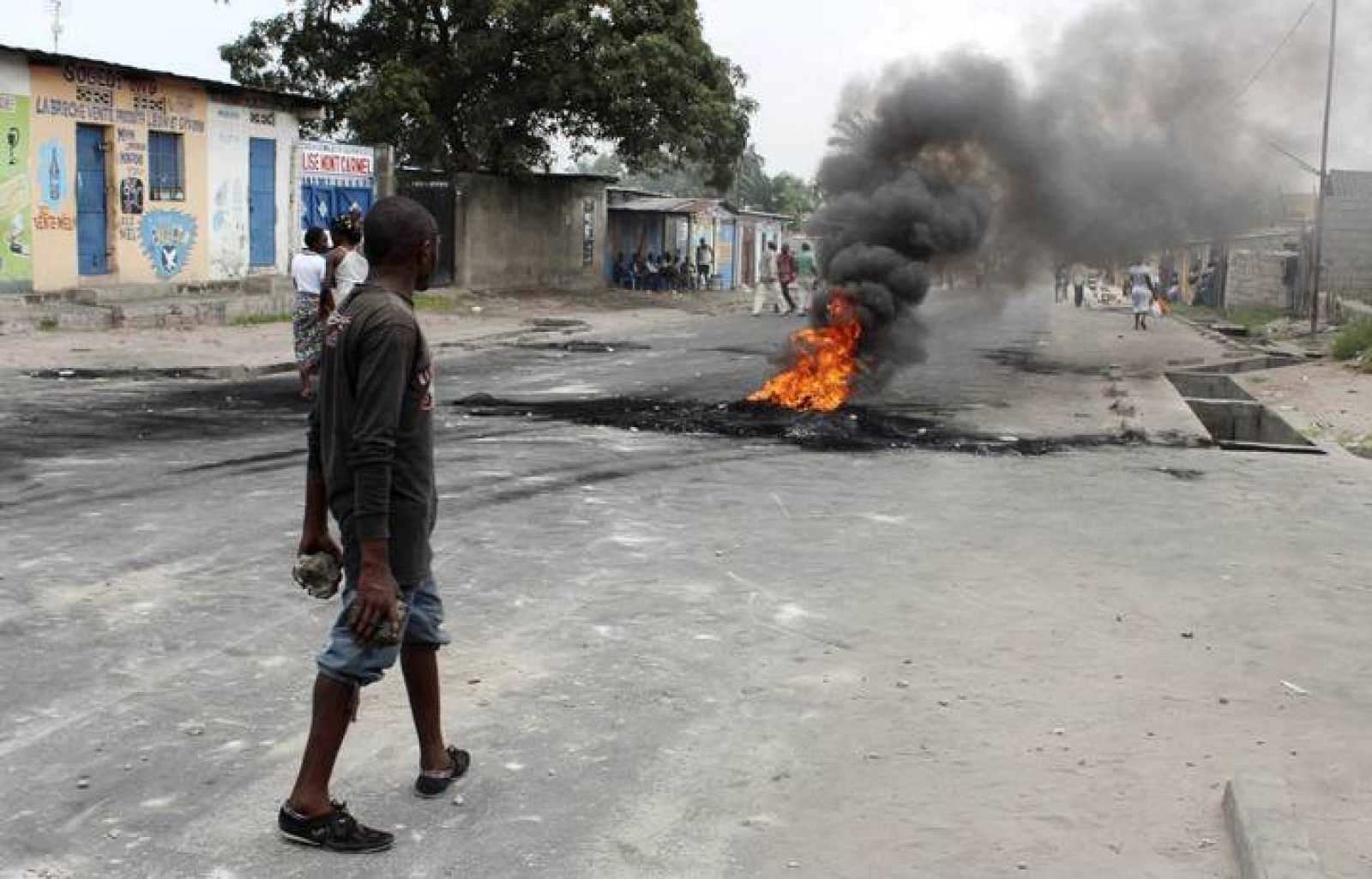Un manifestante en Kinshasa, capital de la República Democrática del Congo