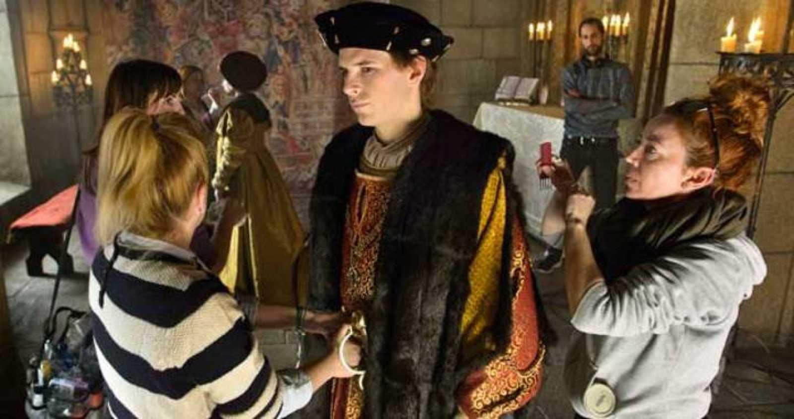 Álvaro Cervantes ya está rodando en 'Carlos, Rey Emperador'