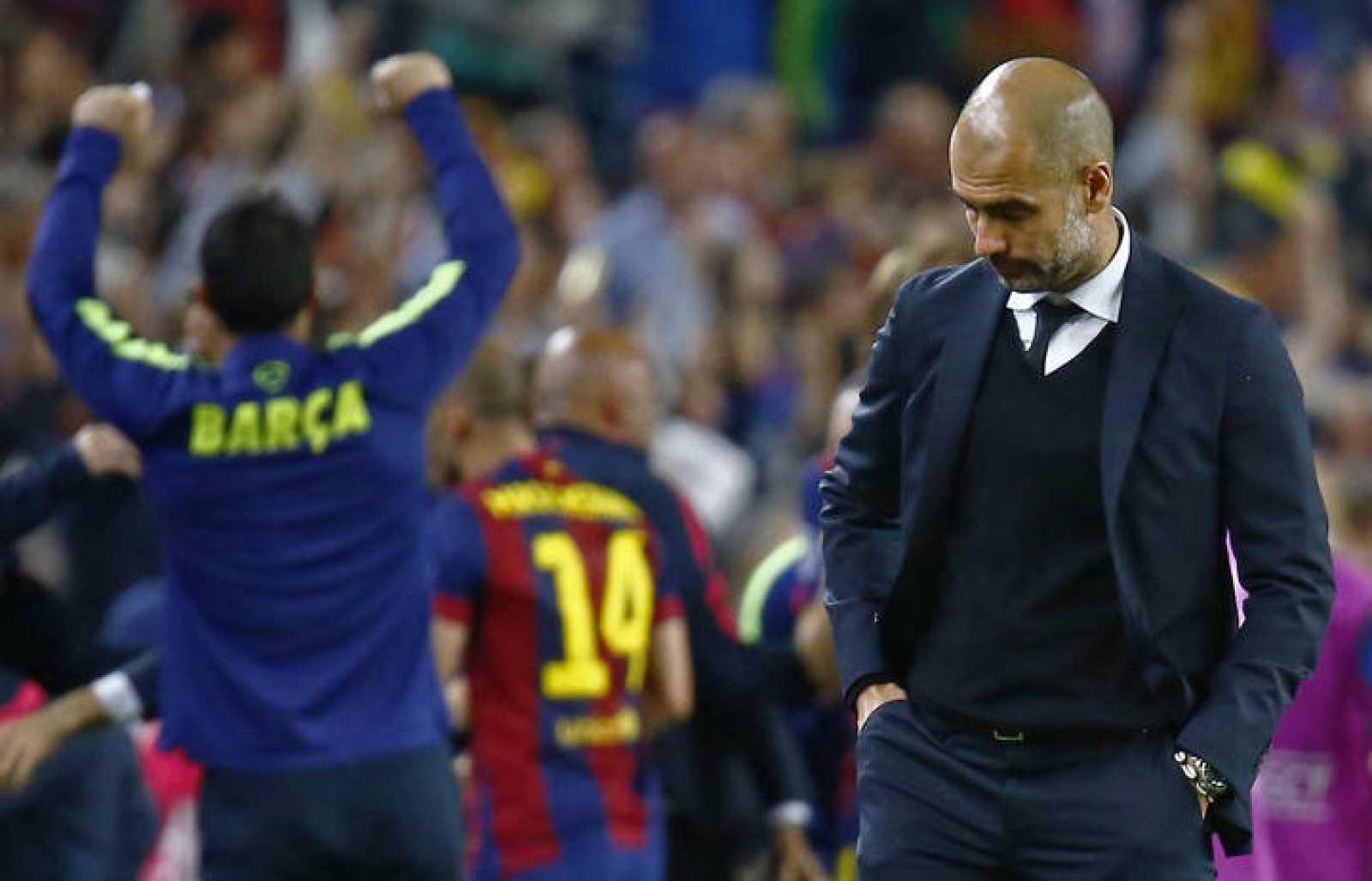 Guardiola se lamenta de la derrota ante el Barcelona.