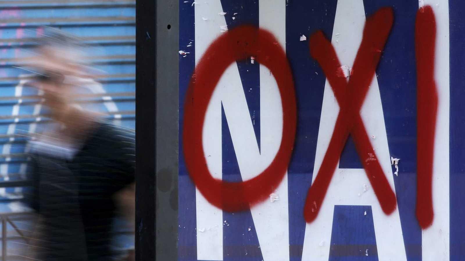 Propaganda del referéndum sobre el rescate de Grecia en las calles de Atenas