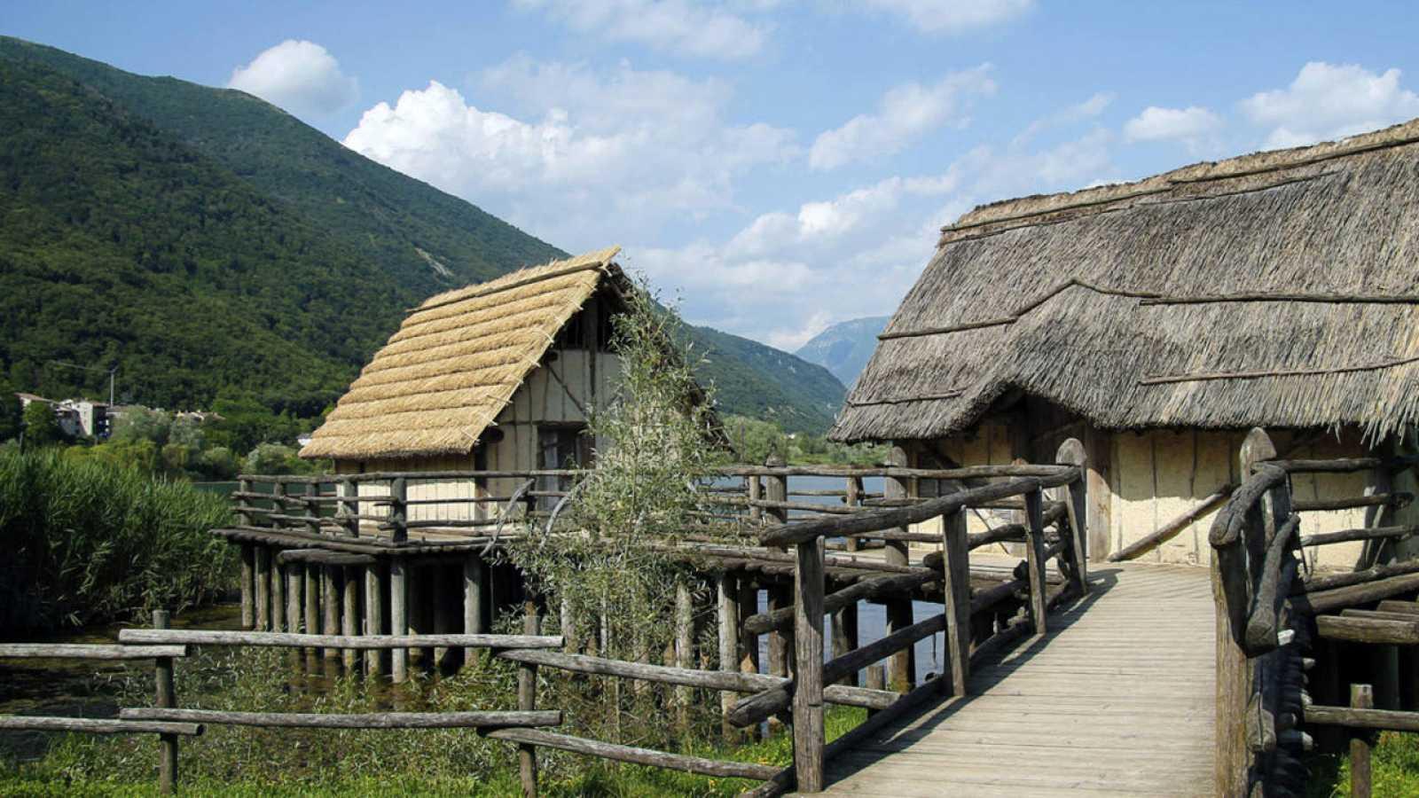 Un palafito, construcción neolítica